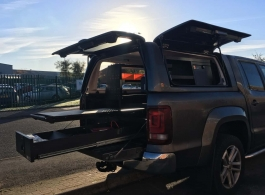 Gearmate Gull Wing Hardtop & 226MM Twin Drawers & Front Locking Pods & Tailgate Gap Flap & Central Slide & Racking System