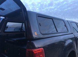 300MM Twin Drawers & Infill Pos & Tailgate Gap Flap & Narrow Slide & Sliding Windows Hardtop
