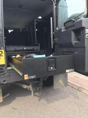 Land Rover Defender | Single Drawers & Extended Box & Sliding System & Dog Box