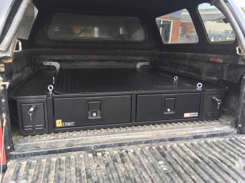 Toyota Hilux | 226MM Drawers & Locking pods