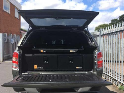 Mitsubishi L200 | 300MM Twin Drawers & Gearslide top & Infill pods
