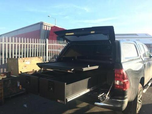 Toyota Hilux | 300MM Twin Drawers & Infill Pods & Tailgate Gap Flap & Gearslide Top